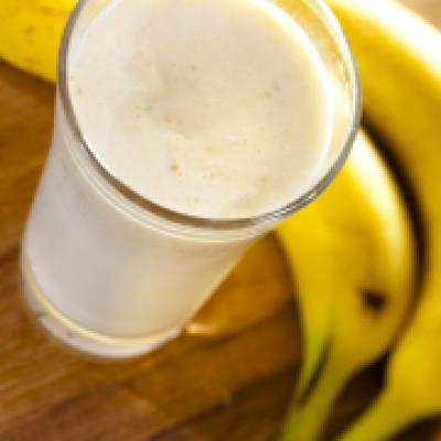 Smoothie van banaan en sinaasappel
